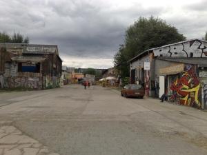 Friedrichshain voelt net wat rauwer aan dan het inmiddels aardig gepolijste Prenzlauer Berg. RAW-Gelände is daar een uitgelezen voorbeeld van.