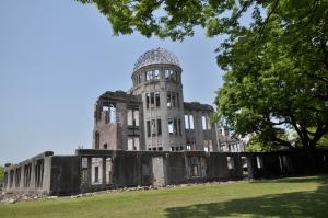 De A-Bomb Dome in Hiroshima is het enige gebouw dat getroffen werd door de atoombom dat mocht blijven staan.